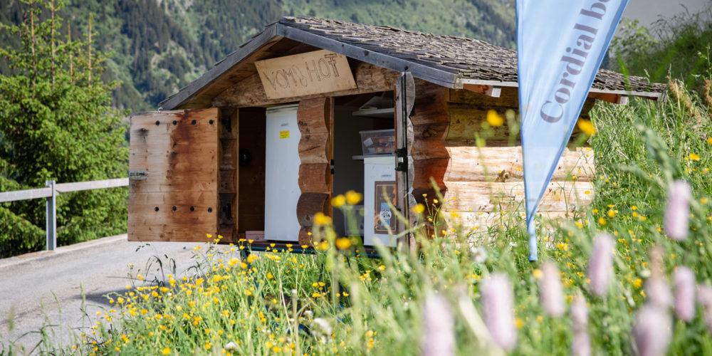 Val Medel Einkaufen Hofladen Bundi Mutschnengia